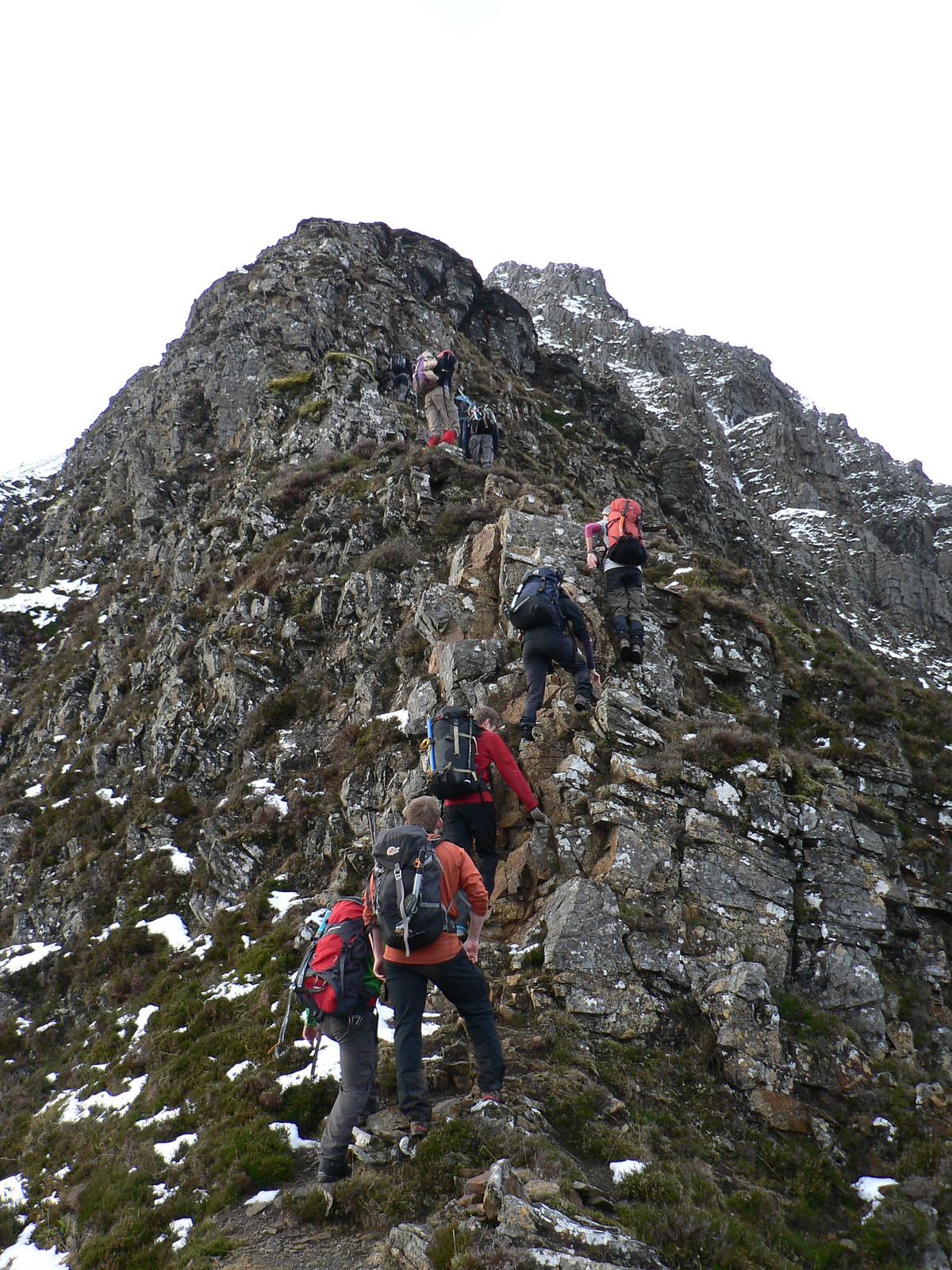 Ascending Sgorr Dhearg's NE ridge en masse