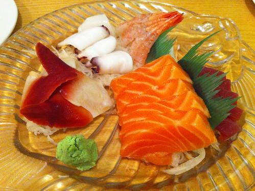 IMG_7496b_SapporoOshiSushiPlatter