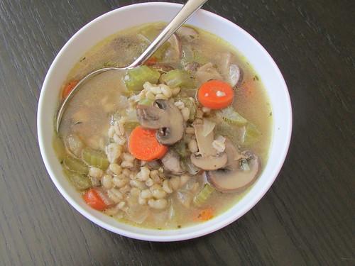 mushroom barley soup on twothirtyate.com