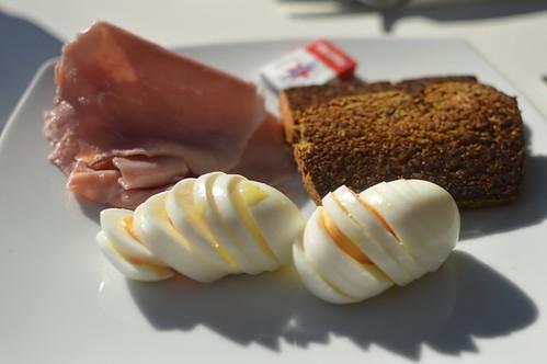 Pumpkin & chia seed bread with boiled eggs & ham