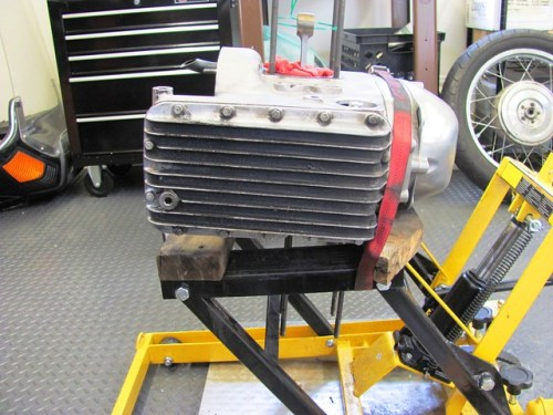 Engine on Side to Remove Oil Pan