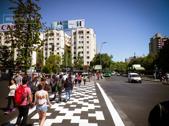 @Roadsworth en #PlazaItalia Festival #HechoEnCasa2 en #Santiago @HechoenCasaFest