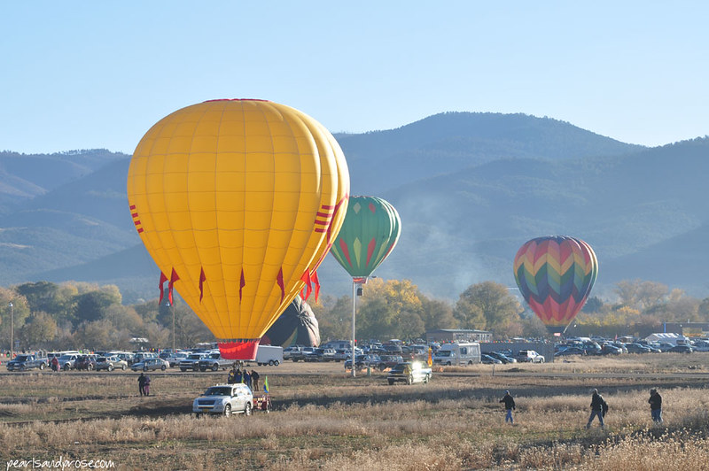 taos_yellow_balloon_web