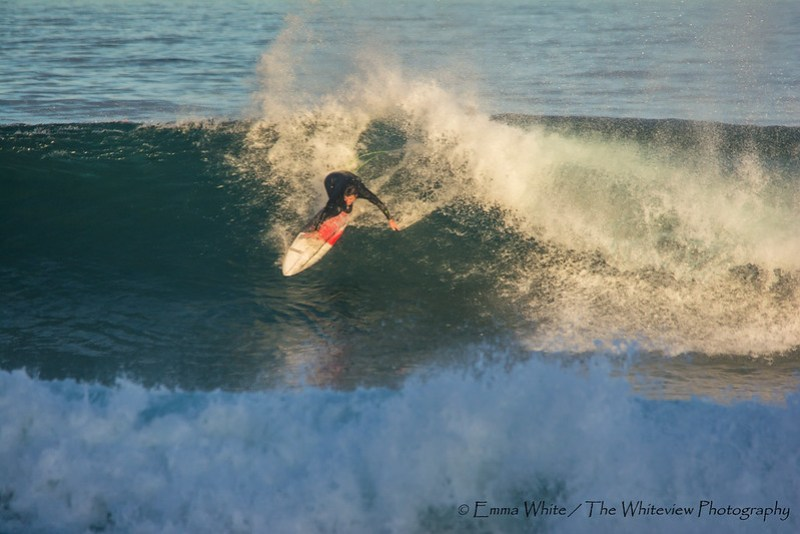 Surfing_CowrieHole_20140525_Newcastle_8205