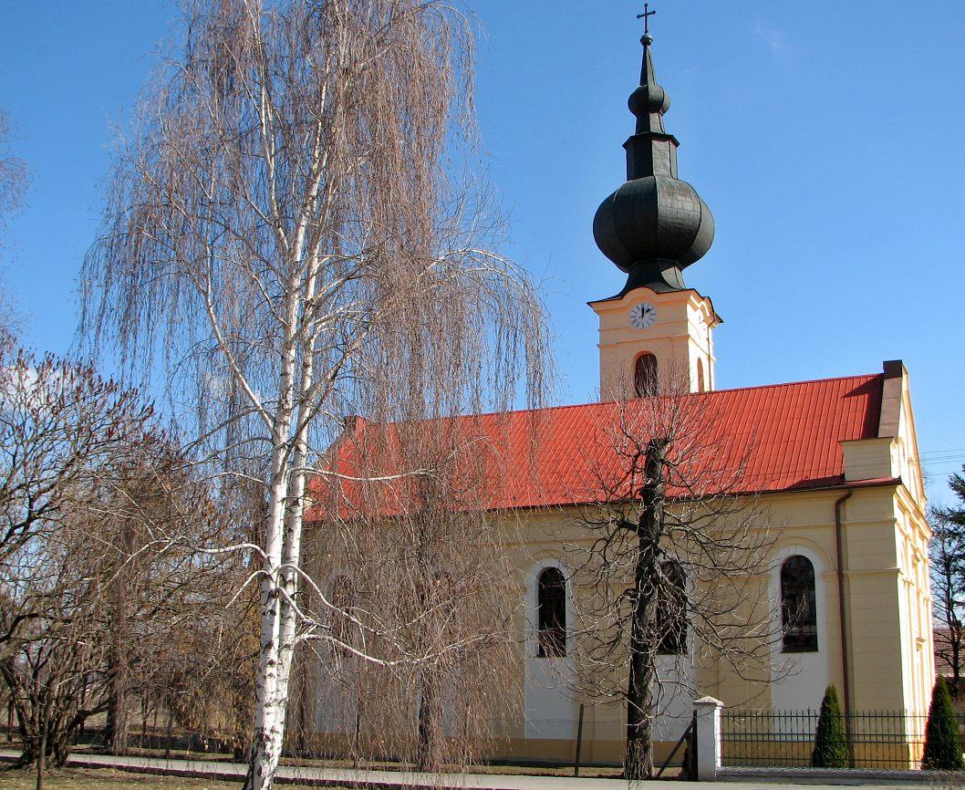 Kostol v Malej Čalomiji
