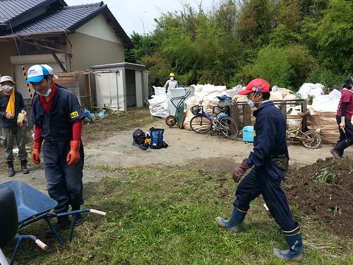 南相馬小高区で被災財片付けのお手伝い(ボランティアチーム援人)