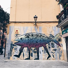 #streetart #art #madrid #visitmadrid #visitamadrid #guardiantravelsnaps #streetartistry #streetphotography #fish #colours on the #wall #igmadrid #igespaña #wanderlust #travel #travelgram #guardiancities #vsco #vscocam
