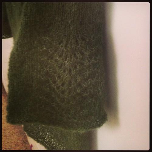 Rachele pattern di @emmafassio  #lavoroamaglia #kalfromitaly #knit #knitting #ravelry #wipkal #yarn #grignasco #instaknit #fattoamano #handmadewithlove