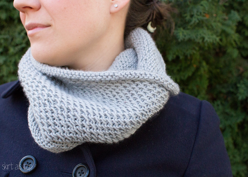 gray honey cowl