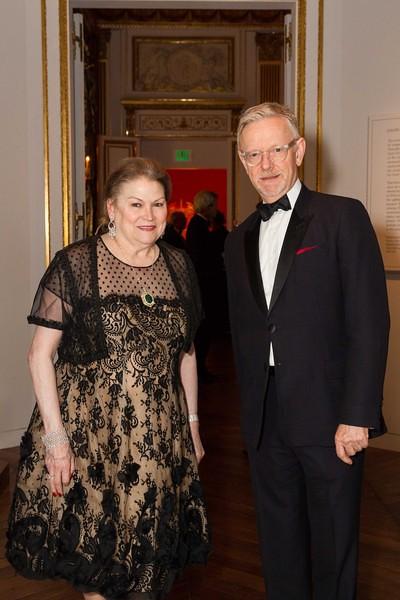 Cynthia Gunn, Martin Chapman