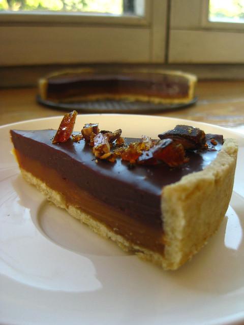 Milk chocolate caramel tarte
