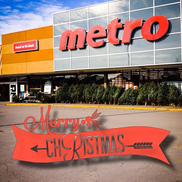 Dec 8 - I shop here {got to pick up some groceries} photo credit:  my hubby on my iPhone! #fmsphotoaday #groceries #ishophere #metro #picton #princeedwardcounty #food