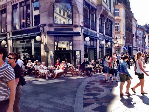 Copenhagen at lunch time by SpatzMe