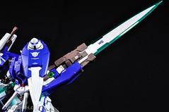 Metal Build 00 Gundam 7 Sword and MB 0 Raiser Review Unboxing (115)