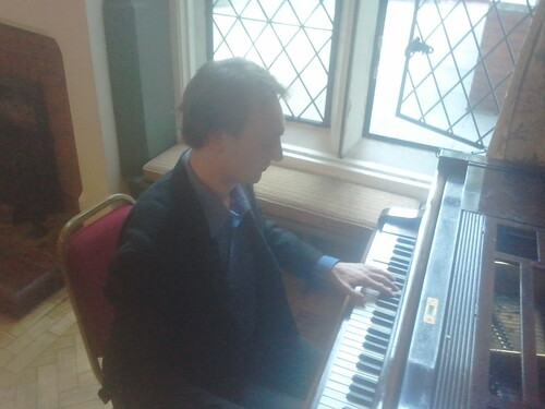 Wedding Pianist London