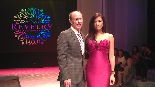Mr.Bob Briddon Avon Senior Vice President and resident for Asia Pacific and Philippines with Solenn Heusaff