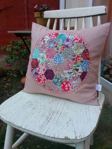 Fiona's hexie cushion