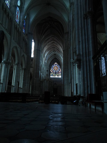 Facing West, St. Etienne de Auxerre
