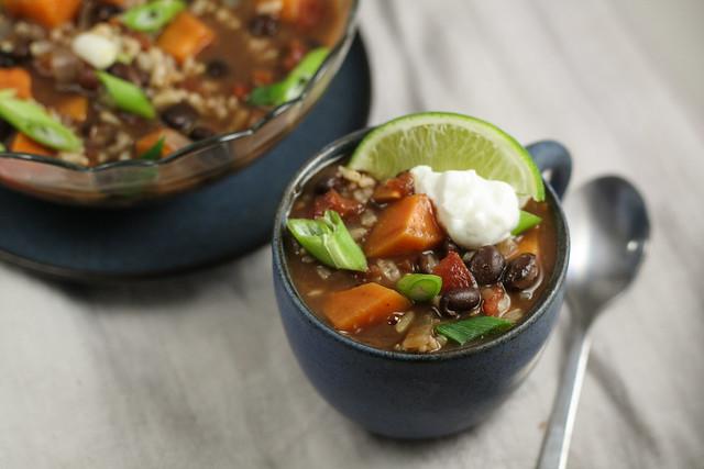 black bean and sweet potato chili [ inthiskitchen.com ]