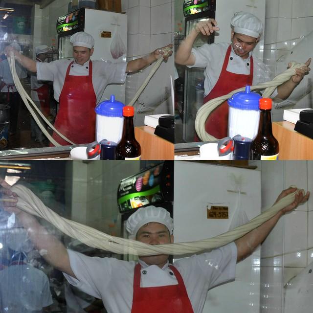 Lamien Noodle Stretching