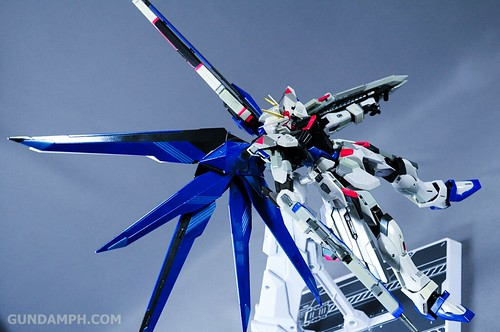 Metal Build Freedom Gundam Prism Coating Ver. Review Tamashii Nation 2012 (66)