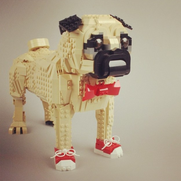 My newest creation! :) this one is only for me, not an official product. Check my flickr for more pictures: www.flickr.com/people/marcosbessa #pug #puggie #lego #sculpture #creation #moc #afol #cute #funny #adorable