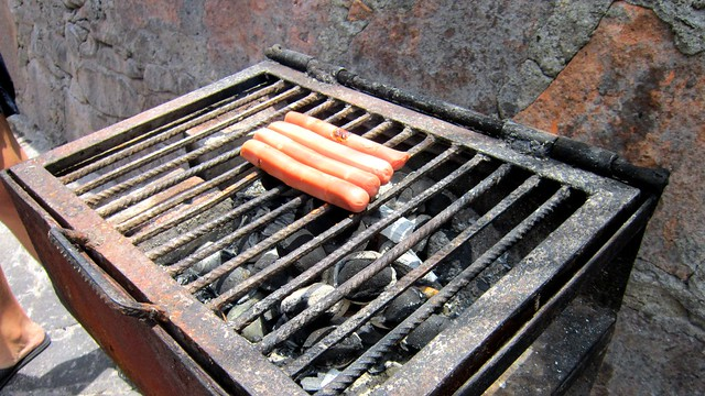 Hot dogs :3