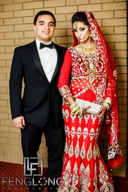 Bride and groom photos before wedding
