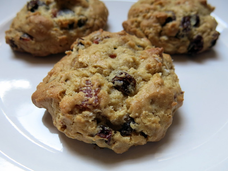 bacon, oatmeal & raisin cookies | yours, julie