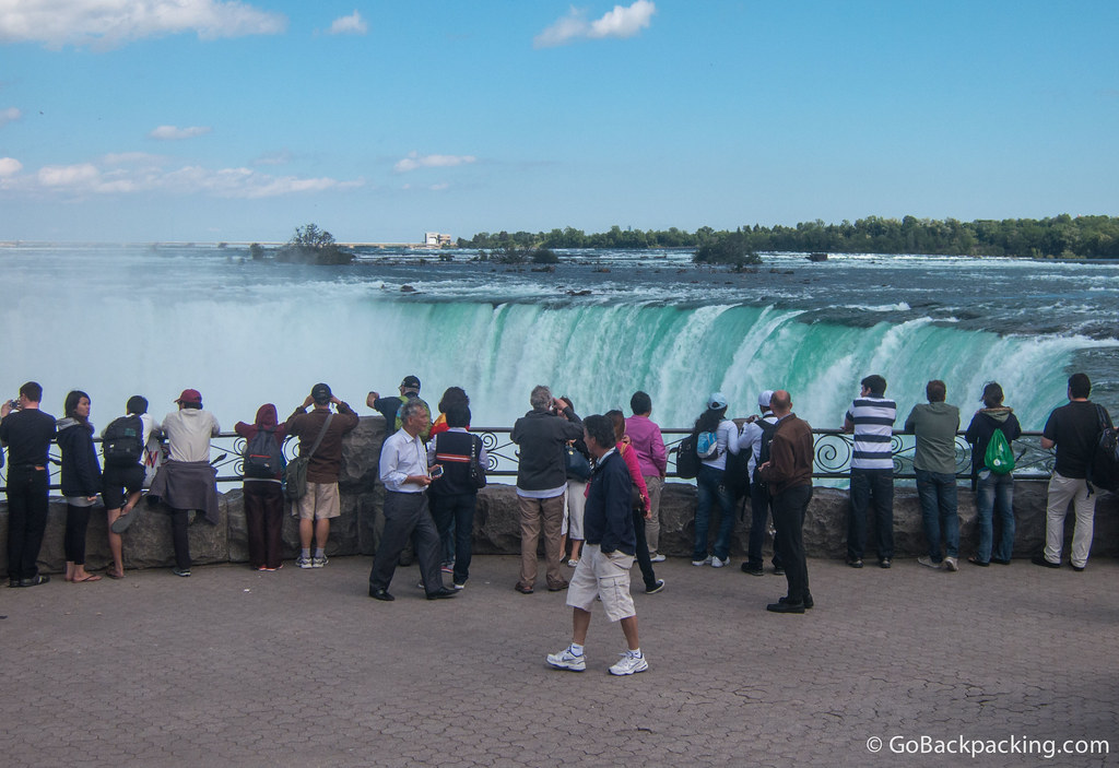 Horseshoe Falls as seen from the Canadian side