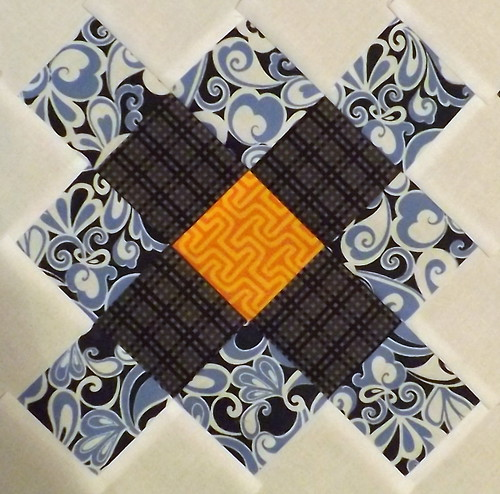 Granny Block Bee 27
