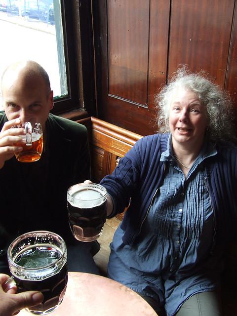 London pub scene