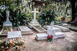 Johnny Mercer Grave-001