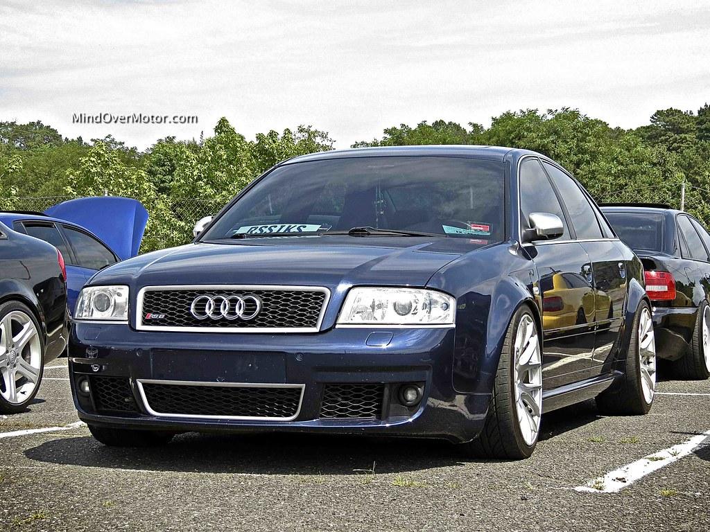 Slammed Audi RS6