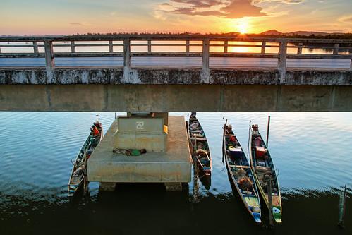 Tinsulanonda Bridge @ Dawn