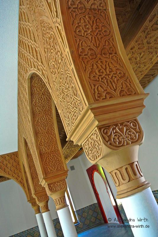 Arabische Säulen by Spinnerelschen