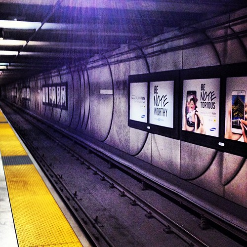 BART Tunnel #sanfrancisco by @MySoDotCom