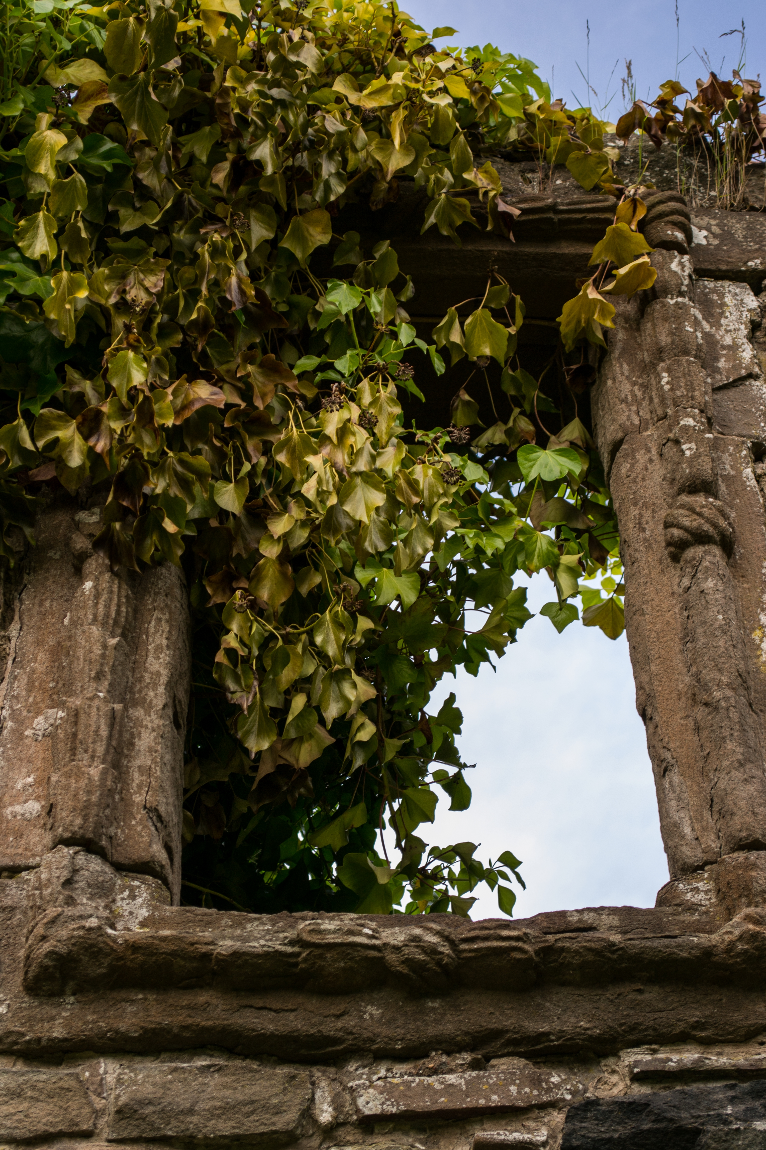 mains of claverhouse castle dundee kirkton scotland house old.jpg window