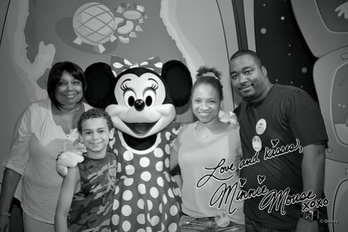 Meeting Minnie Mosue