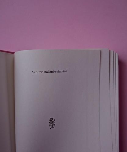 Margaret Mazzantini, Splendore. Mondadori 2013. Art Director: Giacomo Callo; Progetto Grafico: Marcello Dolcini; Graphic Designer: Susanna Tosatti; alla sovracop: ©R. McGinley. Pag. dell'occhiello (part.), 1