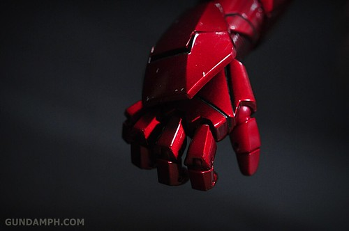 Hot Toys Iron Man 2 - Suit-Up Gantry with Mk IV Review MMS160 Unboxing - day1 (51)