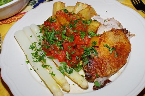 Pimenton-marinated loin of pork, white asparagus and patatas bravas by La belle dame sans souci