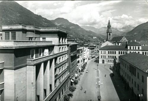 postcard - bolzano  - piazza domenicani - 1953