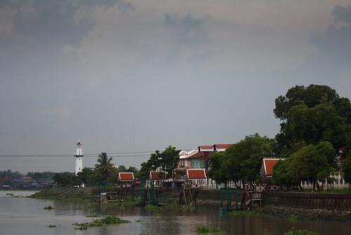 Bang Pa In  - River
