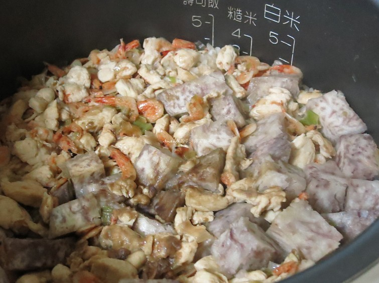 櫻花蝦芋頭飯 (4)