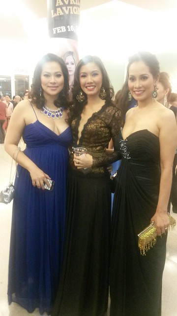 Beauty queens at the lobby