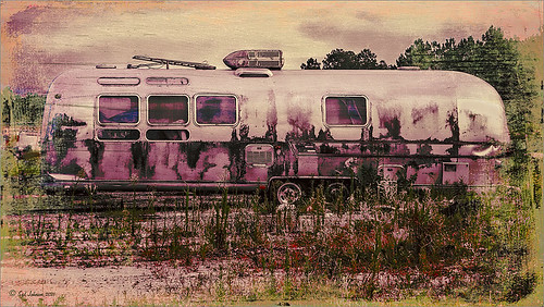Image of old Airstream RV that used Topaz ReStyle