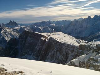 Gipfelausblick Dürrenstein auf Helltaler Schlechten und Drei Zinnen