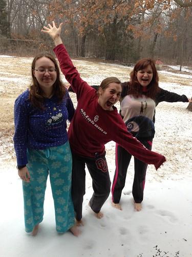 Susanna, Hannah and Rebekah in the snow