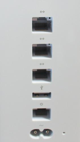 Air Mac TimeCapsule背面